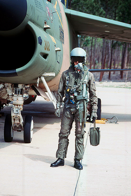 Clearly visible is the USN origin of most of the A-7 pilot's gear. Note the redar oxygen hose coming from the MA-2 harness.